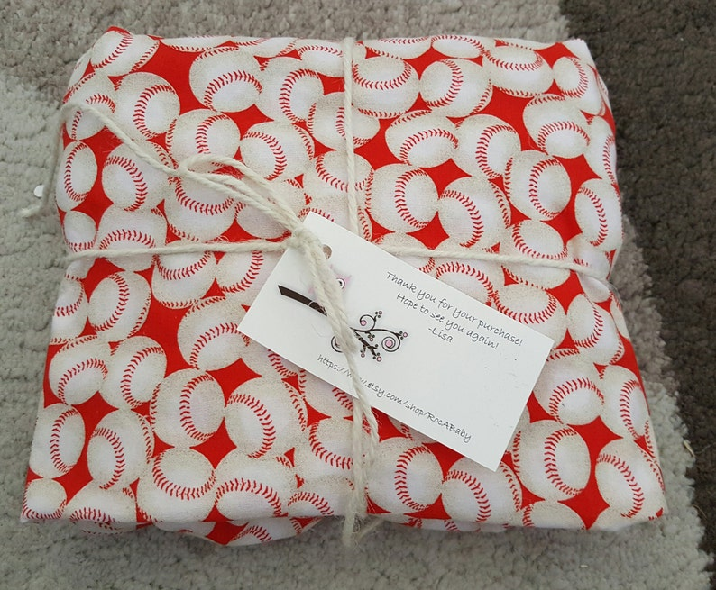 Fitted COTTON crib sheet Baseballs