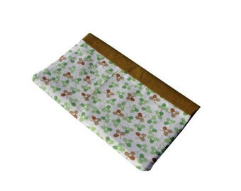 2 in 1: checkbook / cards, brown white brown green flowers