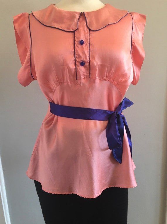 A lovely 1960s baby pink silk shirt with electric… - image 8