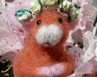 Flower Garland Mouse