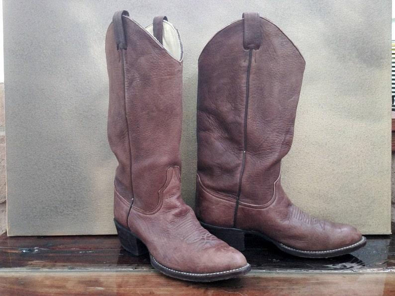 de1a1ce6002 Larry Mahan Vintage Cowboy Boots..Men's Size 8 D (women's 9.5  approx)..Brown Pebbled Leather..Excellent Shape