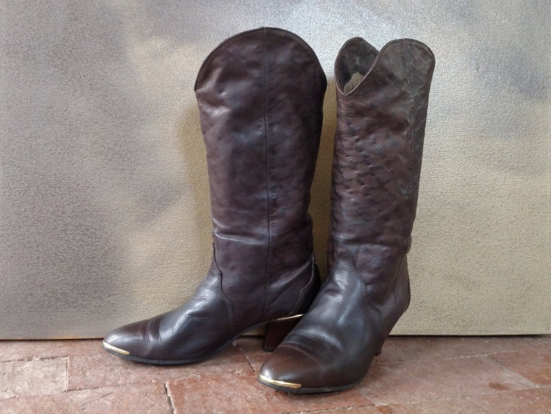 2b2f353e1d6ce 7.5M ACME Vintage Western Fashion Boots..Ladies..Dark Brown