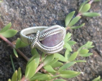 Size 6 3/4 Periwinkle / Purple Speckled Agate Wire Wrapped Ring in 925 Sterling Silver