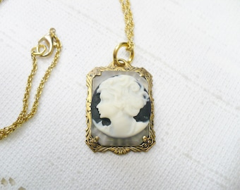 STUNNING Vintage OOAK Authentic Art Deco Camphor Glass/Cameo Pendant Necklace - gold tone metal - 18 inch chain - GATSBY bridal - Bridesmaid