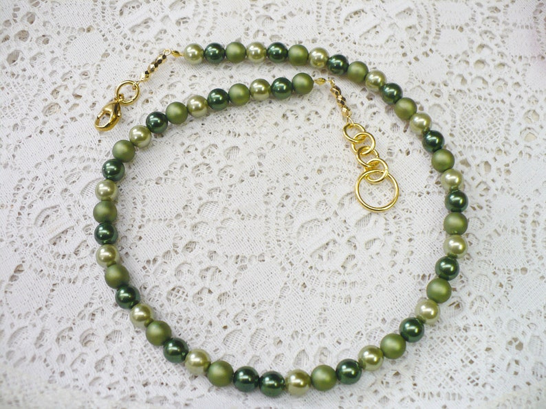 gold tone metal clasp Irish wedding gift repurposed vintage OOAK Vintage Single Strand Hand Strung Varying Shade GREEN PEARL Necklace