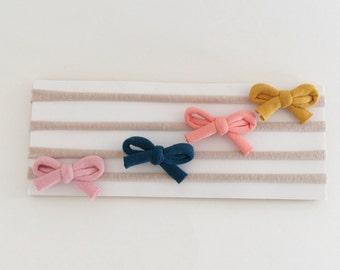 Mini bow headbands, baby headband, small bow headband, newborn headband, baby girl headband, soft headband, small bow headband, small clips