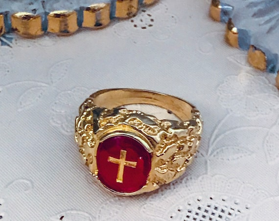 90s Vintage Gothic Cross Statement Ring, Red Poured Glass Golden Nugget Style Band, Madonna Material Girl Fashionista