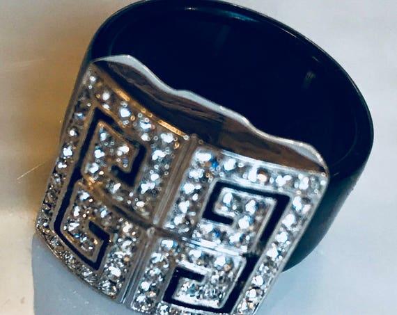 Vintage Art Deco Ice Rhinestone & Black Lucite Cocktail Ring