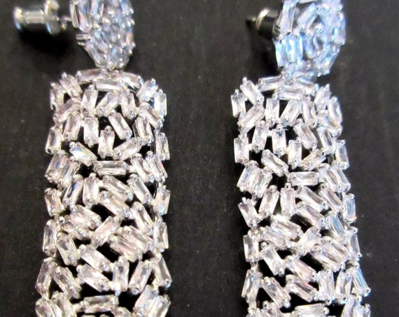 Quality Platinum Plated Sparkling CZ Dangle Statement Earrings