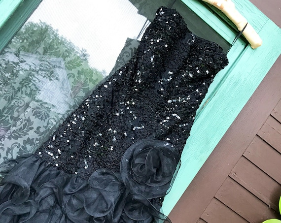 Awesome 80s Prom Dress,  Strapless Black Sequin Dress with Ab Fab Rosette Ruffle Bottom by Midnight Glow vgt Size 6