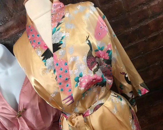 Goldenrod Yellow floral Kimono Robe with Sash & inside ties Washable Poly Silk size XL mint condition, great resort vacation lingerie