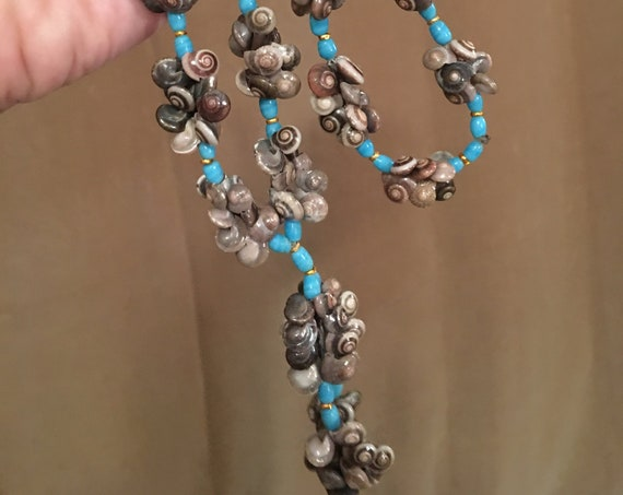 Amazing Mid Century Vintage Natural Sea Shell Necklace, Tiny Snail Shell Custer Beads with pretty Turquoise accent beads, Tropical Necklace