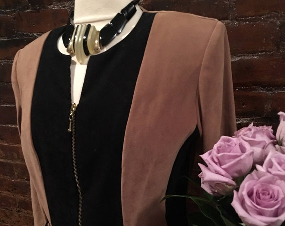 Unworn Vintage Colorblocked Tan & Black Ultra Suede Blazer size 10 by Worthington NWOT