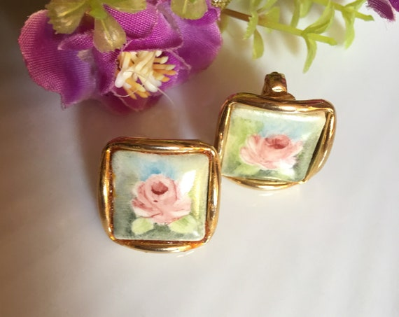 Mid Century Floral Transfer Porcelain Earrings, Shiny Goldtone with Cottage Flowers, Shabby Chic Romantic Pink Rose Earrings, Clip ons