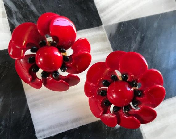 Beautiful Vintage 50s 60s Cherry Red Mid Century Rockabilly Enamel Poppy Flower Post Pierced Earrings