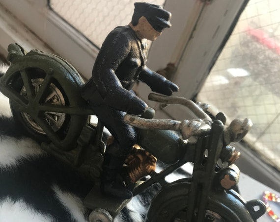 Vintage Miniature Cast Iron Harley Davidson Figure Toy with Removable Policemen Rider