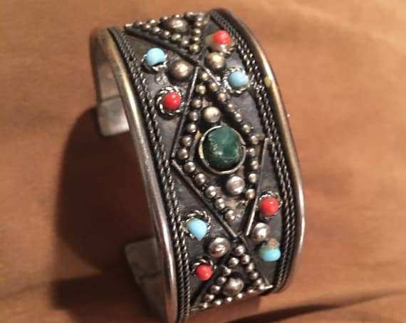 Gorgeous Boho Vintage Boho Gypsy Tribal Cowgirl Antiqued Silvertone Cuff Bracelet with Green Stone with Red & Blue gem beads