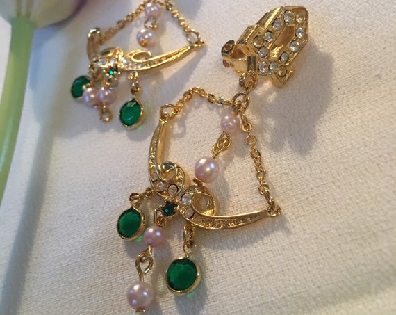 Swingy Green Crystal & Pearl Golden Art Deco Chandelier Dangle Statement Earrings, and these are Clip ons!