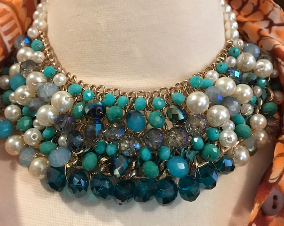 Beautiful Faux Pearl Blue Crystal Collar, Gorgeous Necklace