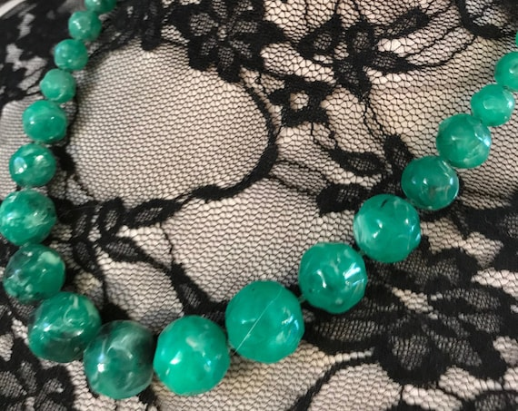 Punky Mid Century Marbled Plastic Shamrock Green Beaded Necklace with adjustable Hook Clasp,  Saint Patricks Day Green Vintage Beads