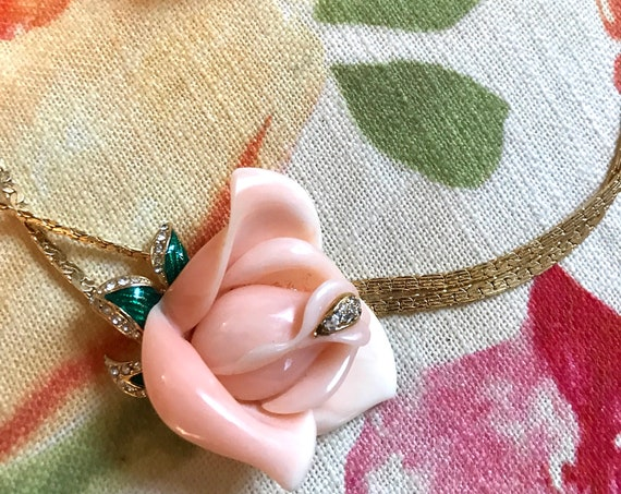 Pretty Pale Pink Rose Floral Hollywood Regency Classically Feminine & Glamorous Goldtone Necklace with matching Rose Bud Earrings