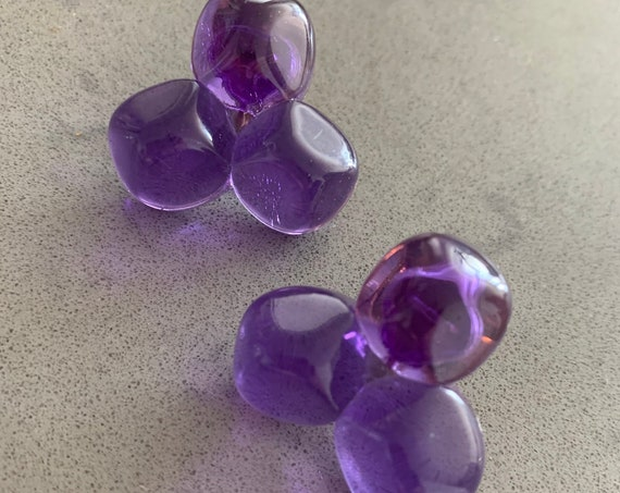 Vintage AVON  PURPLE DAWN Earrings, more like 1986 Modernist Purple Haze Trippy Lucite Clip ons that anyone can wear!