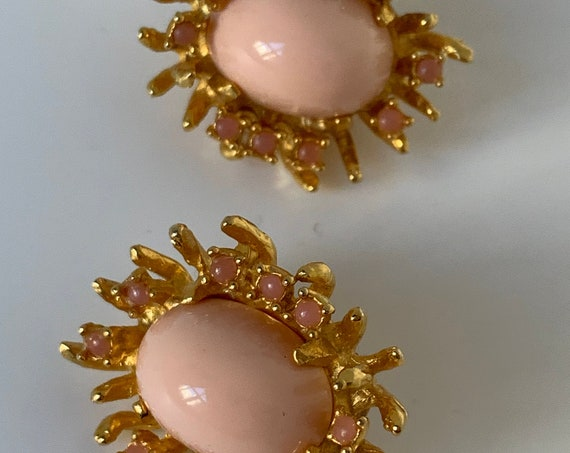 Modernist Pink Angel Skin Statement Earrings, Unsigned Pauline Rader Designer Glamour Jewelry, Clip ons