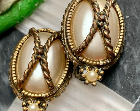 Regal Vintage Gothic Pearl Statement Earrings, Ornate Edwardian Victorian  Chunky Classic Clip ons