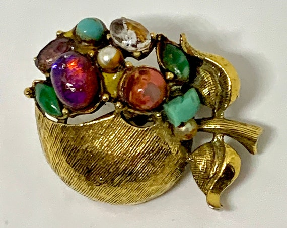 Forbidden Fruit Unisex Lapel Pin, Golden Peach Apple Gem Encrusted Vintage Brooch