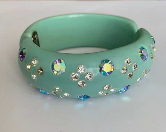 Sparkly Robins Egg Blue Bakelite Bracelet with Ice Rhinestones and Aurora Borealis Gems, Vintage 40s 50s Sock Hop Clamper Bracelet
