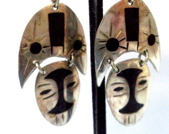 Abstract Art Articulated Vintage Bobo Tribal Mask Silvertone Dangle Statement Earrings