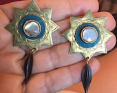Beautiful Vintage late 70 39 s 80 39 s Boho Ethnic Stamped Brass Mother of Pearl Sun Celestial Dangle Earrings