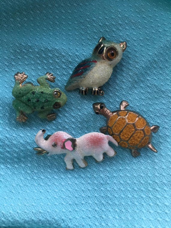 4 Vintage Korean Mini Sugared Animal Figural Scatter Pins Brooches Elephant Turtle Owl Frog