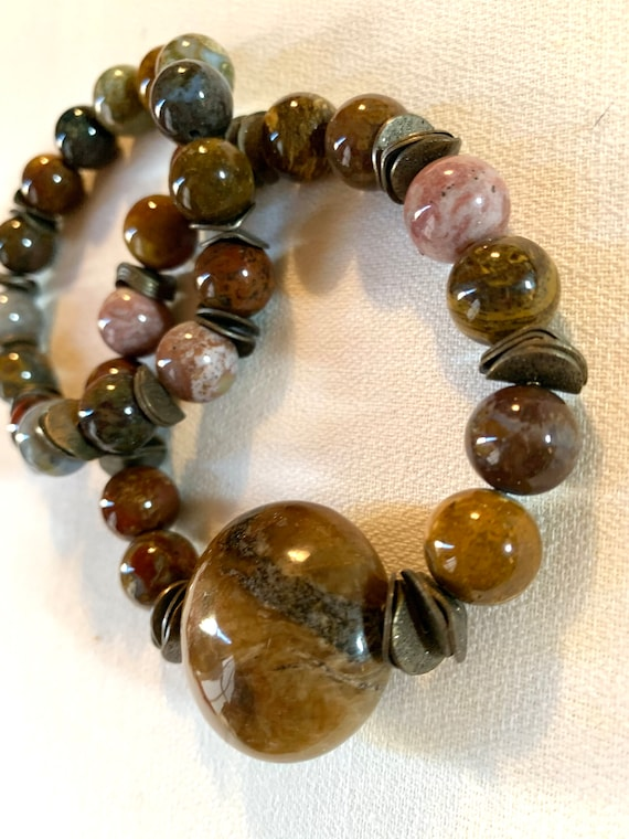 Quality Semi Precious Stone Bracelet Set,   Modernist Pair of Polished Stone Stretch Cuffs With Architectural Wavy Bronze Spacer Beads