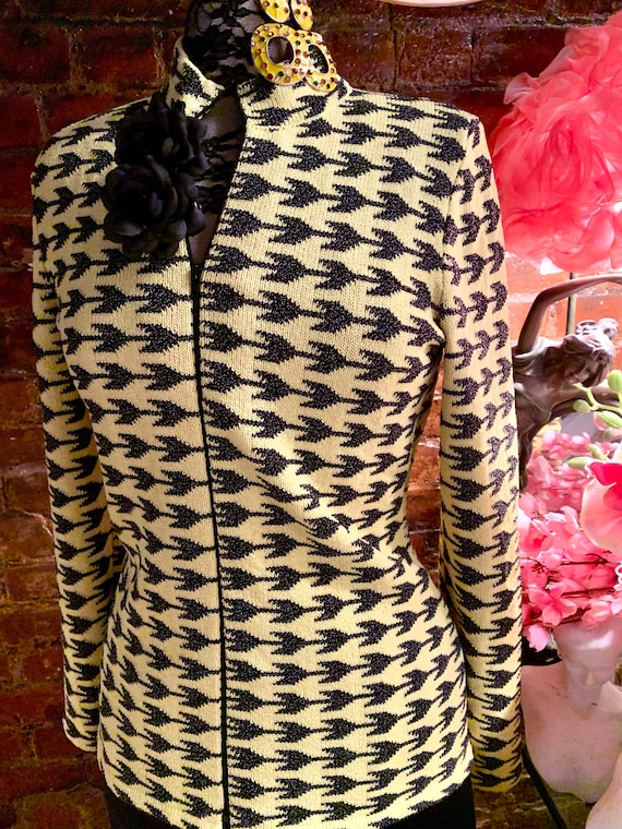 Geometic Black & Yellow Minimalist Military Cut Knit Jacket, Zip Front shoulder Padded Blade Runner Blazer, Sizzling 90e Designer Fashion