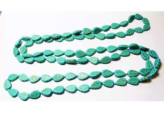 Classy Long lt Blue Grean Leaf Art Glass Beaded Flapper Necklace