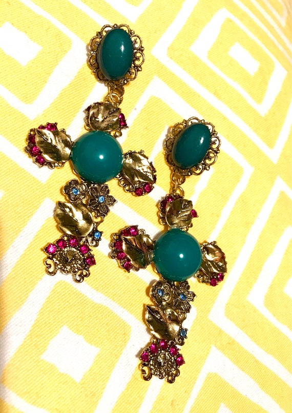 Beautiful Huge Fuchsia Pink & Green Lucite Cabochon Cross Material Girl Runway Style Pierced Earrings