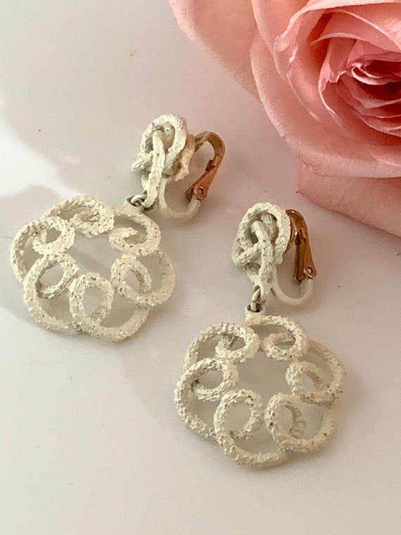 Vintage textured chalk white washed Spiral Dangles, signed Trifari shabby chic Statement Earrings, Spring Vintage Wedding
