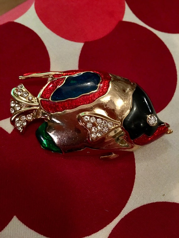 Vintage Age of Opulence bling goldtone with enamel & rhinestone Fish brooch pin