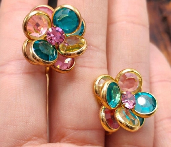 Savvy by Swarovski Crystal Floral Earrings, Unworn Vintage Pastel Flower Clip ons