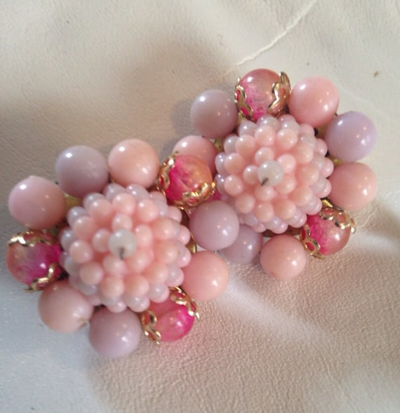 PRETTY PINK 1950's cluster clip earrings PROM perfect