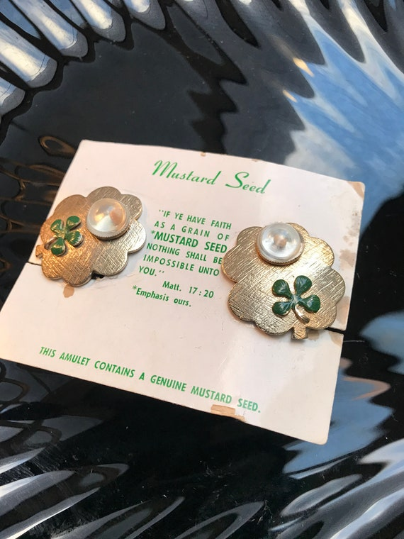 Irish Shamrock Mustard Seed Goldtone Clip on Earrings, Expression of Faith, on original card with Bible Verse