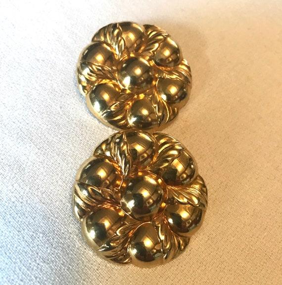 Vintage Pressed Goldtone flower Pireced earrings