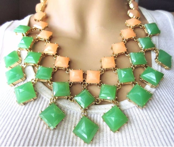 Kate spade Light Deco Green & pastel Peach Lucite Tile Gems in Goldstone Sylish Statement Necklace