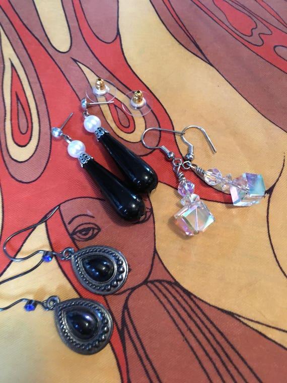 3 Pairs of Pretty Romantic Black Crystal Pearl Dangle & Drop Earrings sustainably vintage