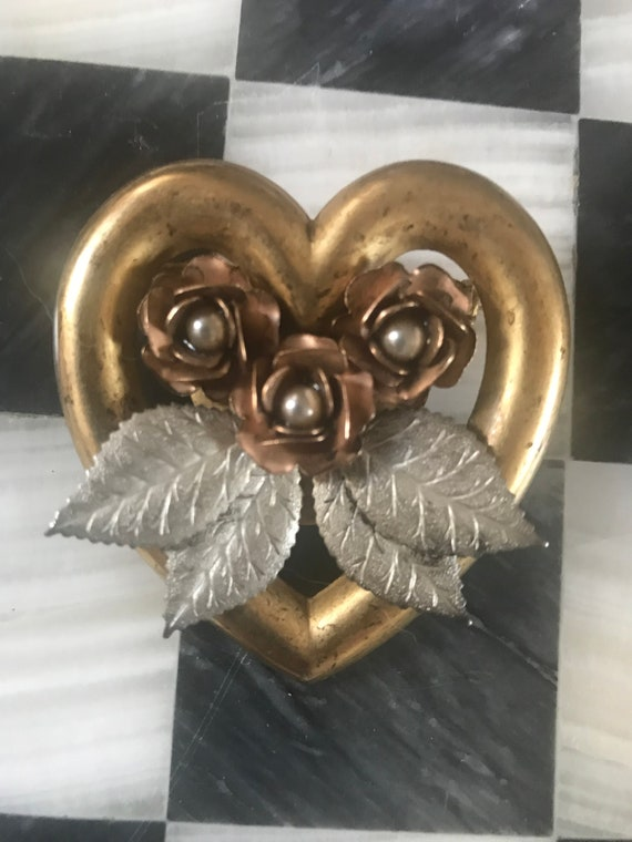 Vintage Golden Heart Brooch with Flowers Silver Leaves & Pearls , Romantic Wreath Style heart Pin, Romantic Shabby Chic Valentines Day Gift