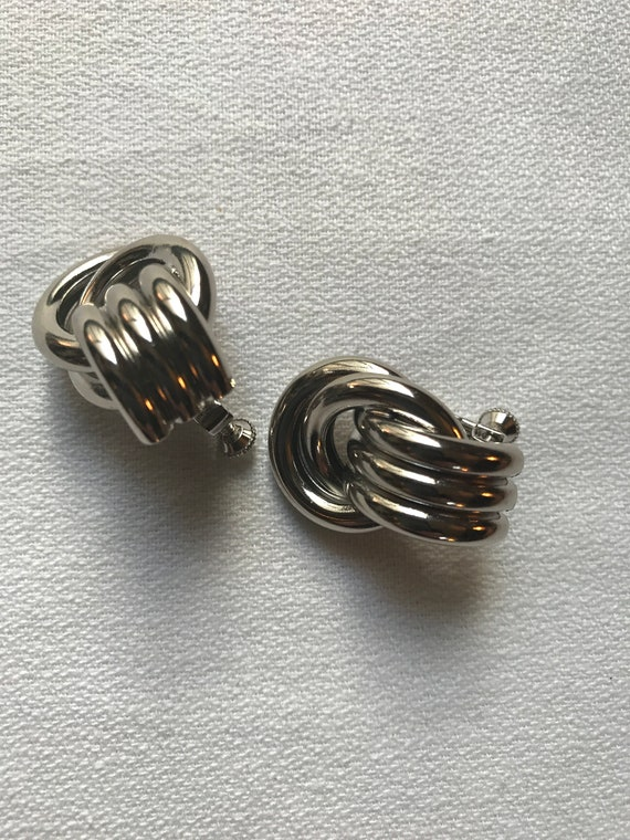 Vintage Napier Silvertone Modernist Knot Earrrings with Adjustable Tension screw back clips, Classic Quality Jewelry