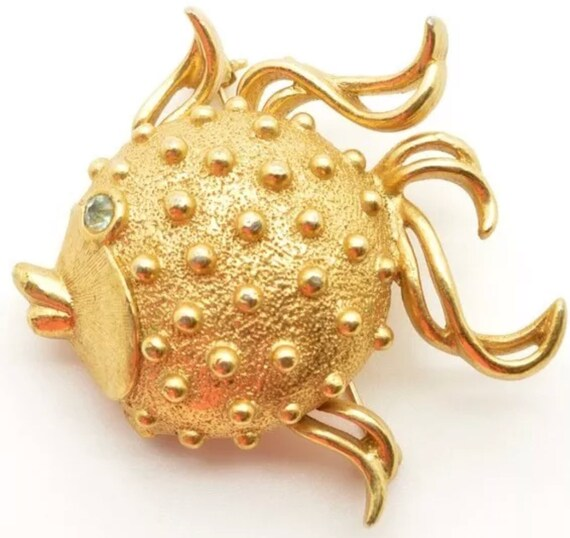 Adorable Vintage Puffer Blowfish Tropical fish Brooch Pin with solid perfume locket stash Compartment