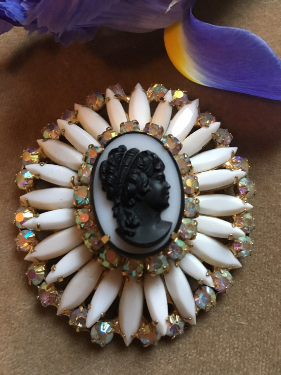 JULIANA Book Piece!  Chalk White with AB Rhinestones elegantly framing a large Black on White Cameo Vintage Brooch Pin, Glamour Jewelry