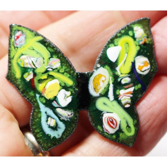 Beautiful Vintage 1960's Enamel Butterfly green with swirl on cooper brooch enamel pin